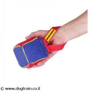 פפירול קוביית נשיכה בינונית עם ידית לכלב לאימון ומשחק