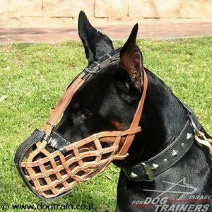 מחסום פה לכלב בצורת סל מעור בסגנון משטרתי לאימוני תקיפה