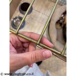 כלוב אילוף לכלבים עשוייה רשת ברזל עבה ואיכותי